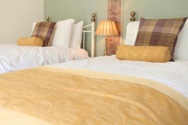 Large group rental house near chatsworth derbyshire for Beautiful bedroom pictures only