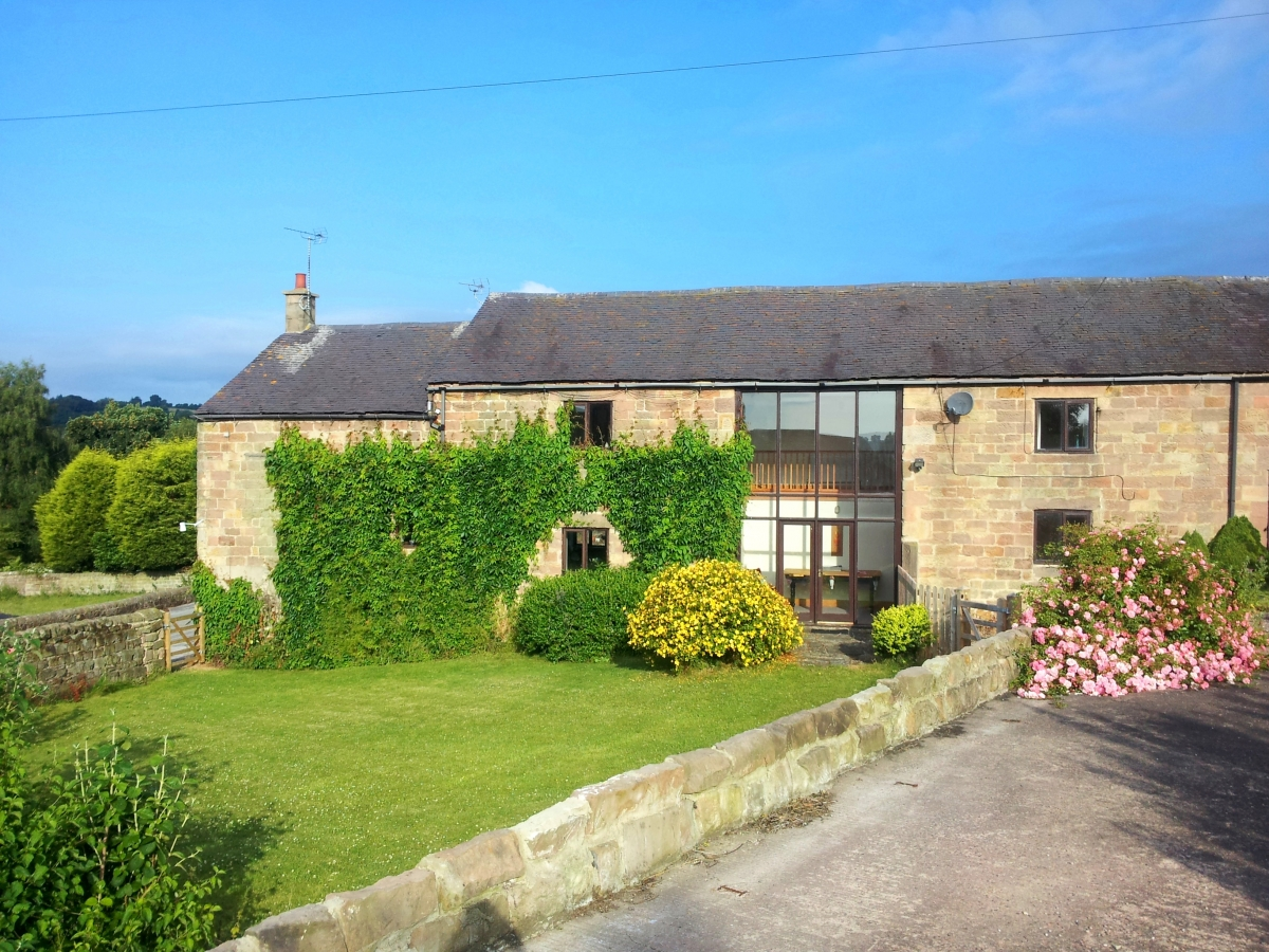 Spacious Holiday Barns Near Wirksworth Derbyshire