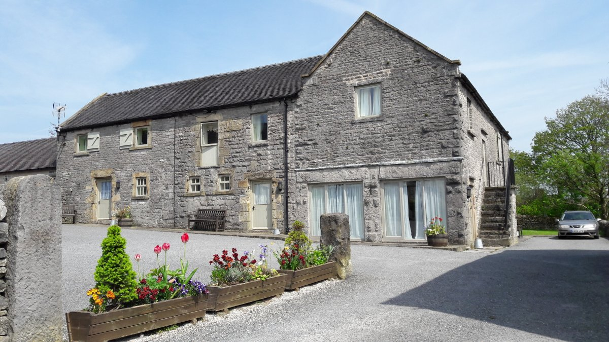 cosy accommodation in cottage district derbyshire peak a and image cottages the self catering get