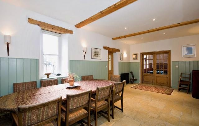 Yorkshire dales house large holiday house in leyburn for Best restaurants with rooms yorkshire dales