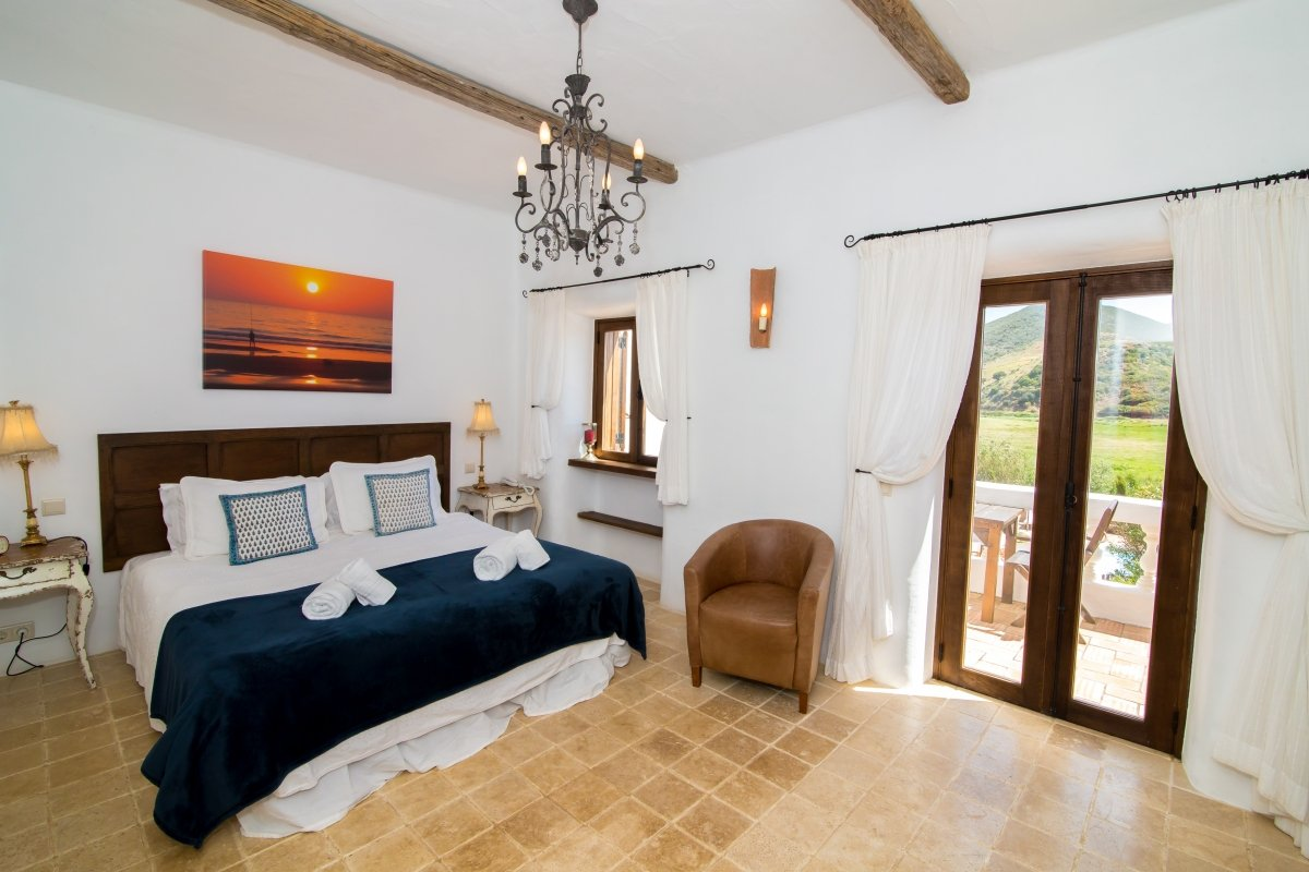 Casa fajara boutique hotel with a pool in the algarve for Boutique hotel group