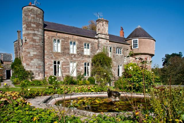 Big Holiday Cottages To Rent In Herefordshire