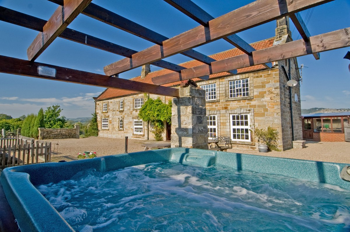 Superb Large Group Self Catering Cottages Near Whitby In Yorkshire Uk Home Interior And Landscaping Oversignezvosmurscom