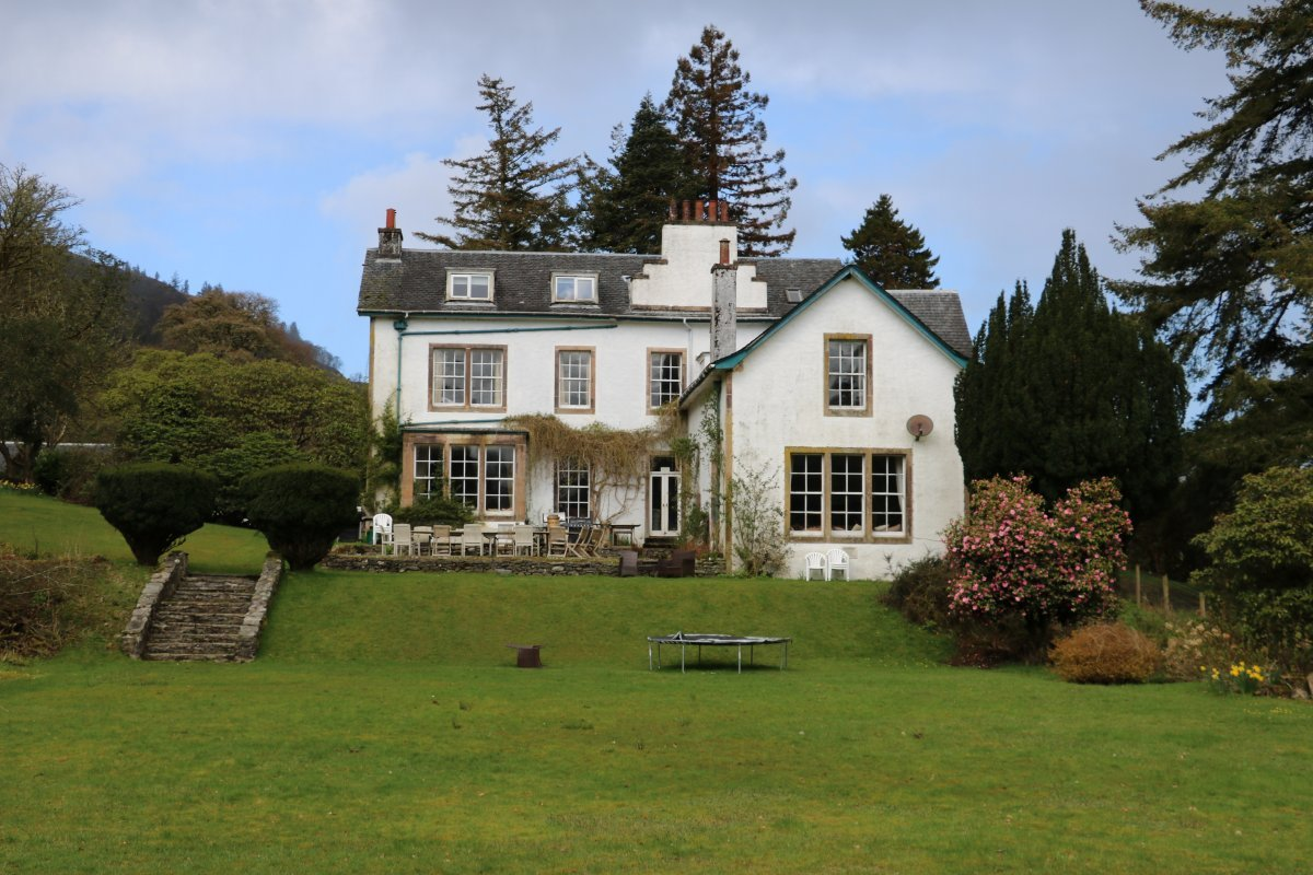 Large holiday house in glendaruel argyll - House with swimming pool for sale scotland ...