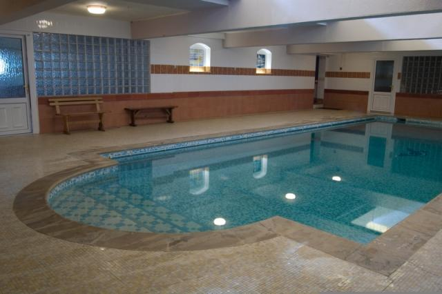 Large Group Accommodation And Activities Near Hay On Wye Wales
