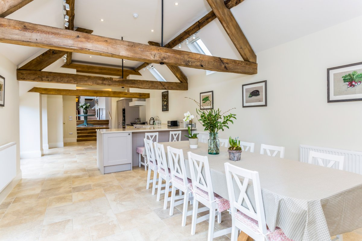 Waterhead Barn   Luxury family holiday house, Cotswolds