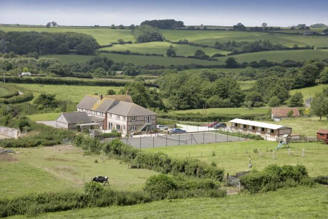 Barn Hayes Farmhouse | Big Farmhouse for Groups to Rent, Dorset
