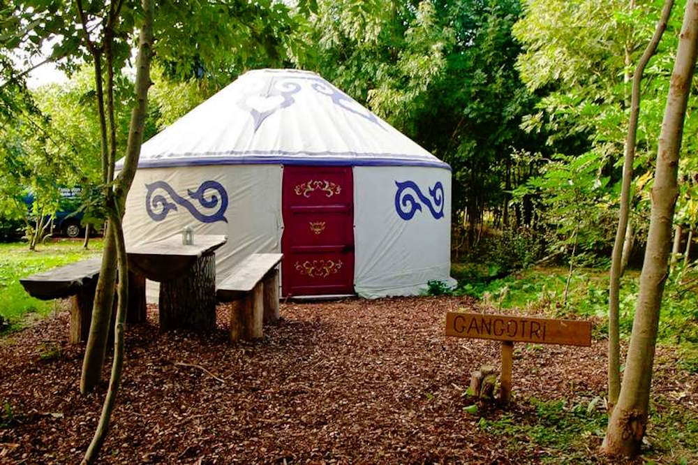 plush tents glamping team building glamping venue west sussex rh groupaccommodation com