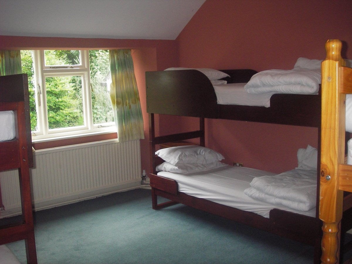 Big Group Bunk House Accommodation In Windermere Cumbria