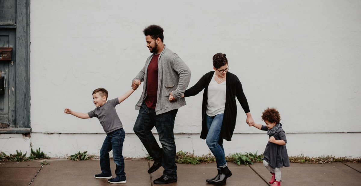 8 Photography Tips For Creating The Perfect Family Portrait