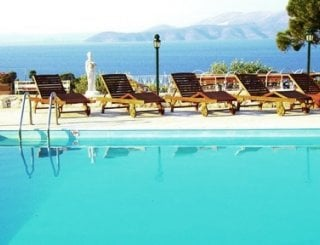 Wooden sunbeds-luxury shaded area-fantastic views