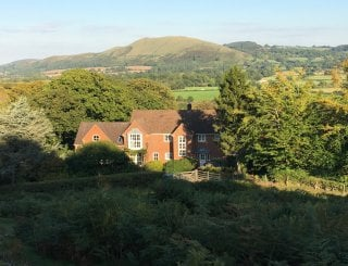 church stretton dating site St lawrence's hurch still stands on its original site with much of the building dating from hurch stretton sy6 6rd – this thatched church opened in 1903 and.