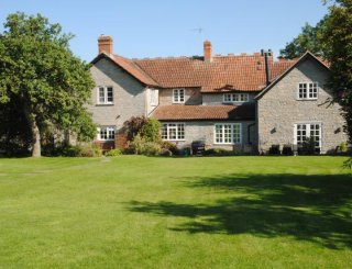 Beautiful Blue Lias stone house in rural location