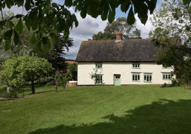 Cherry Tree Farmhouse