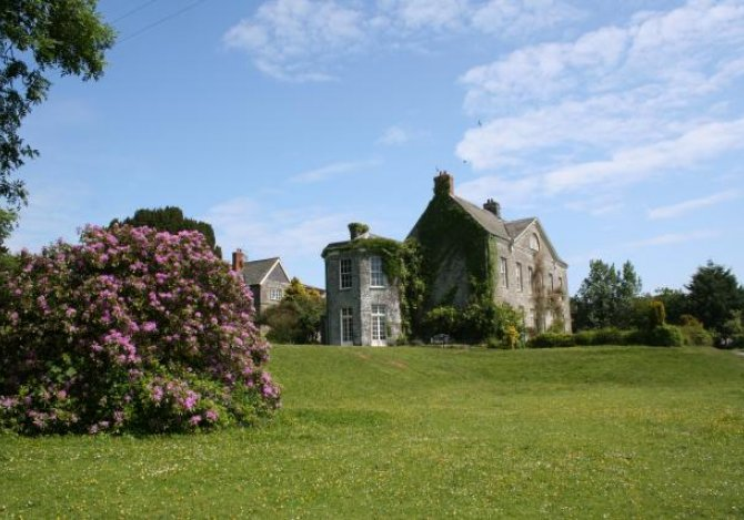 Blaenpant Mansion