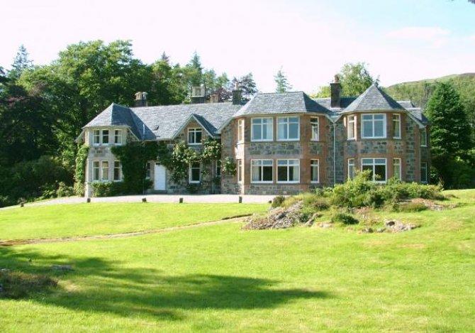 Glencanisp Lodge, Lochinver, Sutherland