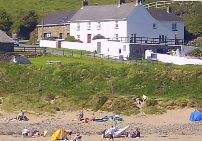 Nolton Haven Farmhouse from the beach