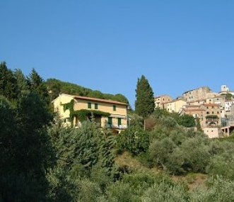 Cancello Rosso with the village behind