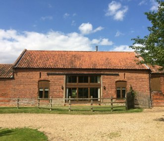 east anglia group accommodation large holiday cottages