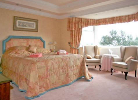 Beautiful holiday houses near whitby yorkshire The master bedroom whitby
