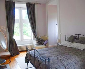 Accomodation for guests in the Chateau and Lodge