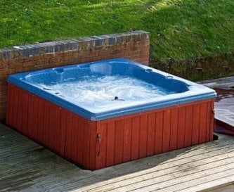 Sunshine Cottage Hot Tub