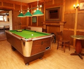 Pool room with games room beyond