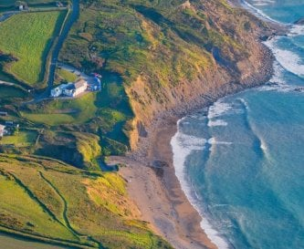 Spectacular location on the north Cornwall cliffs