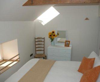 bedroom with 5 ft wide bed & en-suite wetroom