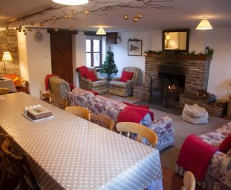 Communal room  with open fire + large kitchen