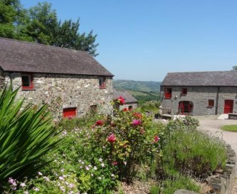 The Granary Cottage and Old Cart House