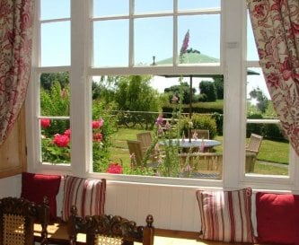Manor- Dining room, view into country garden