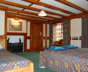 The second master bed room suite in Manor Hall