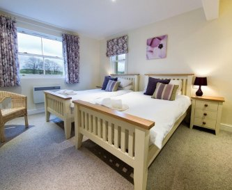 All bedrooms have en-suite bathrooms and TV/DVD