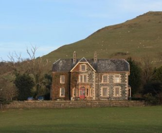 Front view of Tymawr in the foothills of Snowdonia