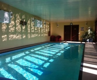 Private heated indoor pool 10mx4m