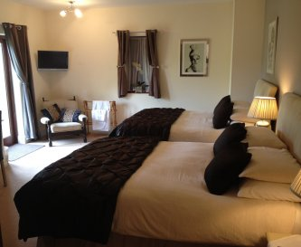 Ensuite Bedroom with two king beds