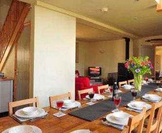 Long Barn - Dining Room