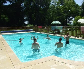 Family fun in the heated pool (12 x 6 m)