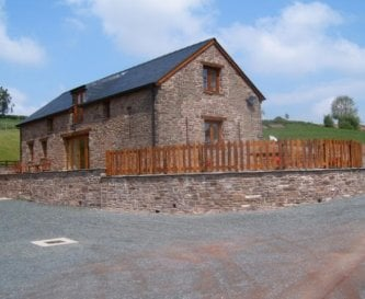 Large Holiday Barn in the Brecon Beacons