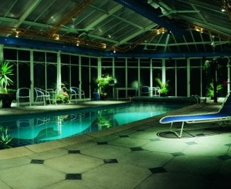 The Poolhouse - swimming, sauna, jacuzzi ...