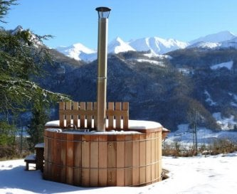 Scandinavian hot tub