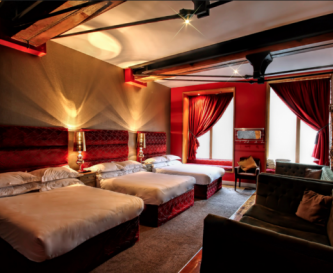 Moulin Rouge Bedroom