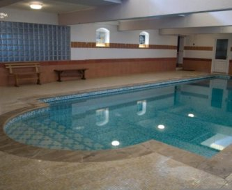 Use of  indoor swimming pool is free to all reside