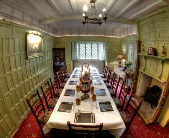 The Dinning Room - Ideal for larger dinner parties