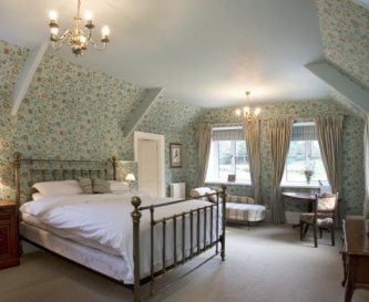 Kingfisher bedroom at Widcombe Grange