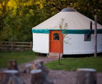 Large Village Yurt sleeps 5/6 people