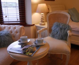 Llanddwyn, a ground floor en suite family room