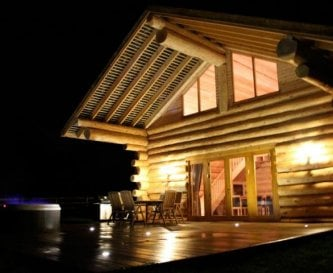 Luxury log cabin with hot tub for groups