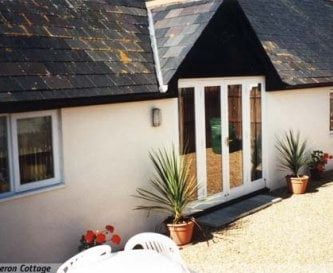 Heron cottage sleeps 4/6 and adjoins The Granary.